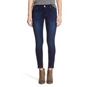 NWT 1822 Denim Classic Skinny Jeans | 27